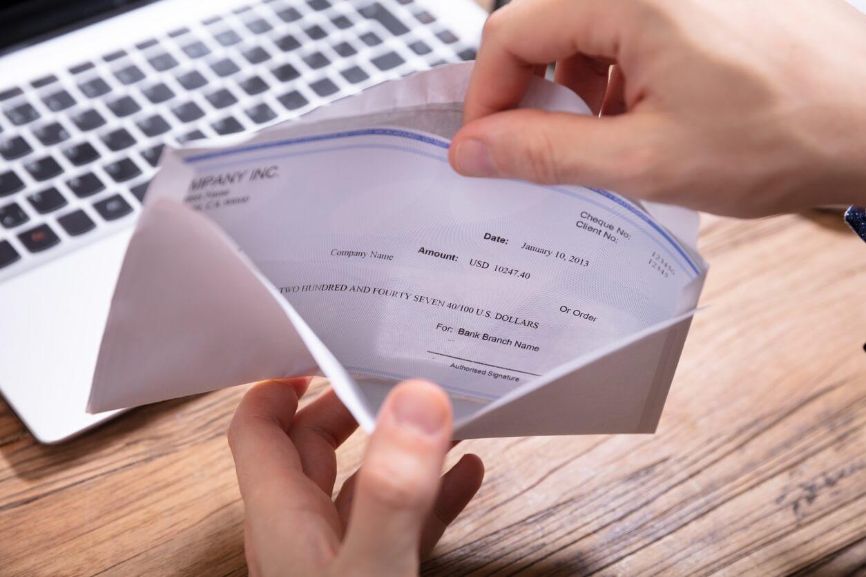 Image: unemployment compensation checks